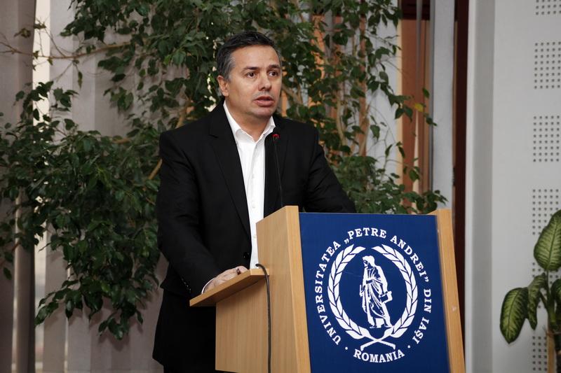 Deputat Petru Movila