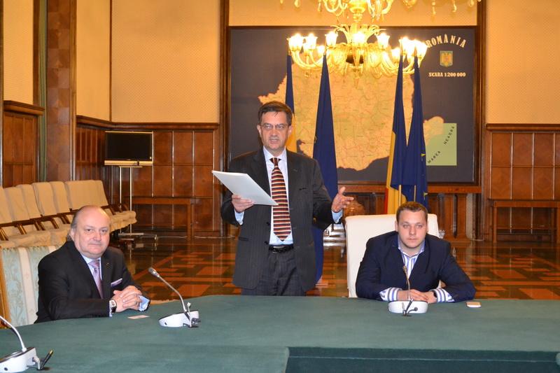 Prof.univ.dr. Doru Tompea, Corneliu Vișoianu, Consilier al Primului-Ministru al României si studentul Andrei Baltag