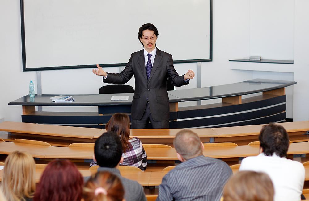 Cristi Danileț, judecător și membru în Consiliul Superior al Magistraturii și formator în cadrul Institutului Național al Magistraturii