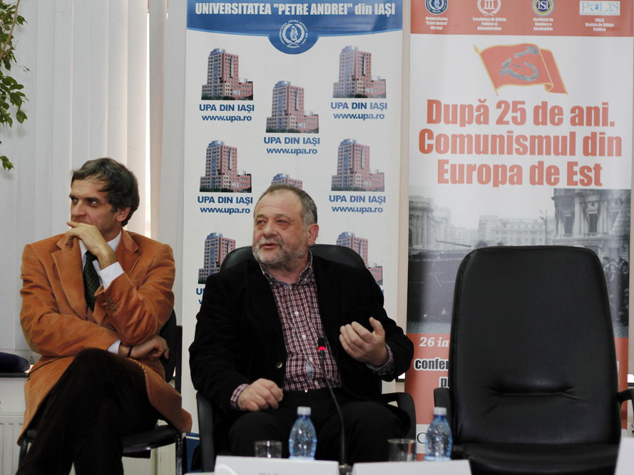 Dumitru Buzatu, actualul Președinte al Consiliul Județean Vaslui, Silviu Alupei, jurnalist la romaniapress.ro, amândoi studenți în 1987