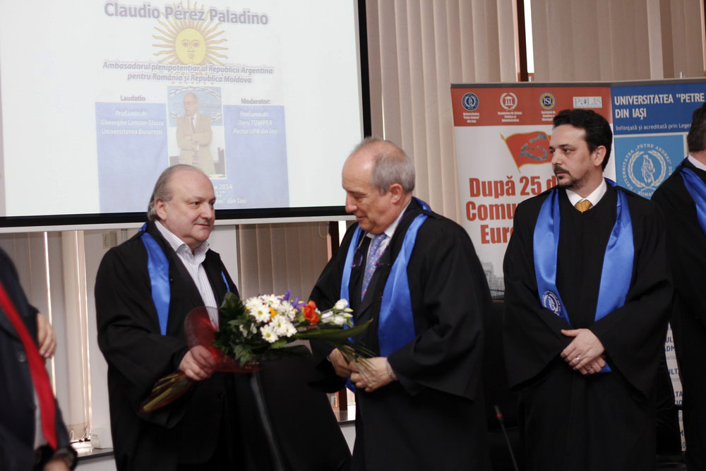 Prof.univ.dr. Doru Tompea, Excelența Sa, Claudio Perez Paladino, Conf.univ.dr. Daniel Șandru