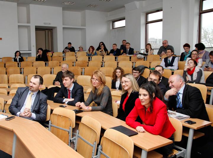 Participanți la eveniment - Lansare de carte -Ipostaze ale ideologiei în teoria politică - Daniel Șandru