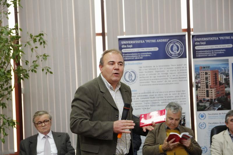 Alexandru Dobrescu, Conf.univ.dr. Florea Ionicioaia, Prof.univ.dr. Alexandru Călinescu