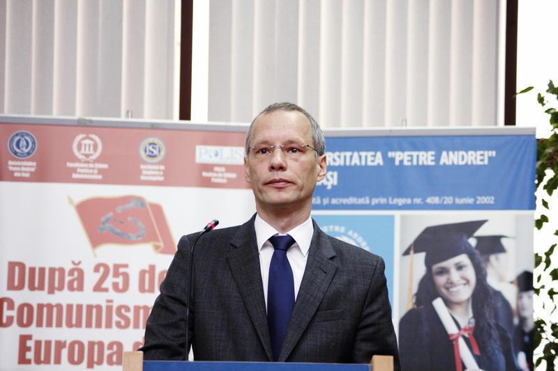 Dr. Robert Grunbaum