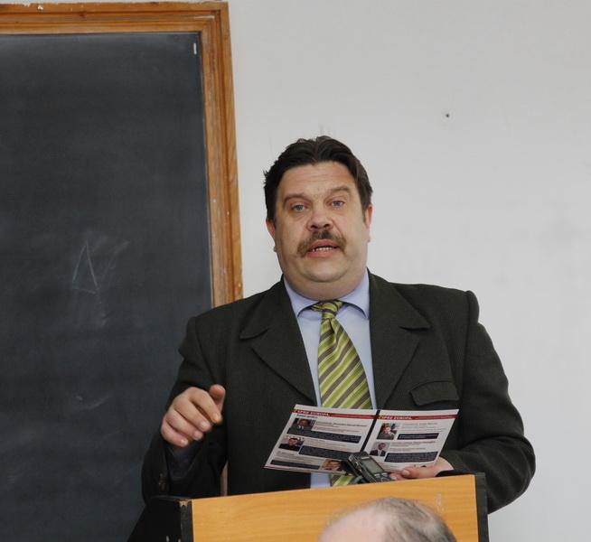 Prof.univ.dr. Ivan Gumenâi